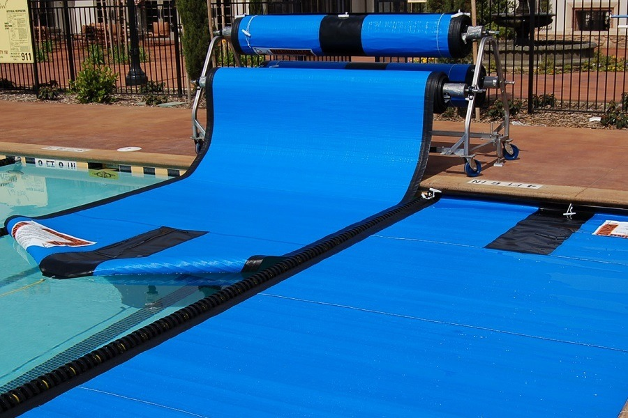 The Ultimate Buying Guide To Purchase The Best Pool Cover